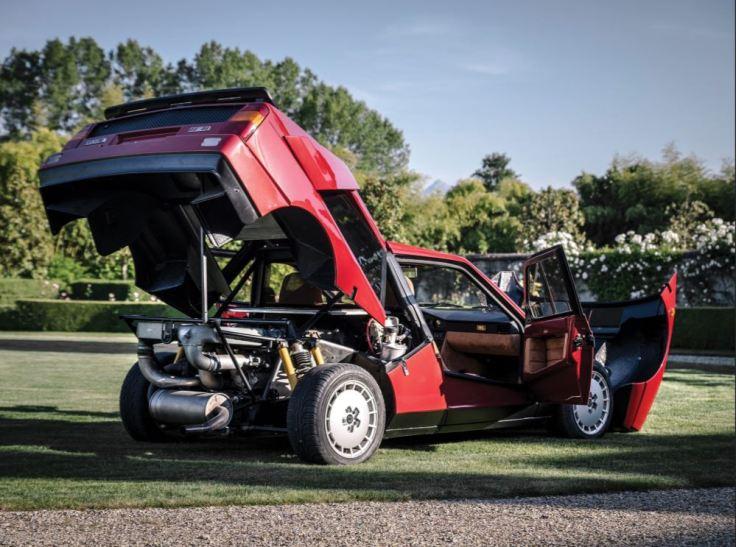 Lancia Delta S4 Stradale 02.JPG